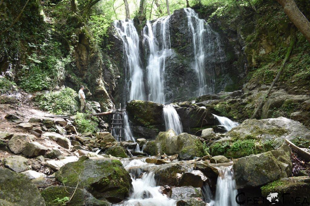 Колешнишки водопад