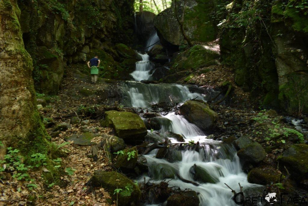 Яворнишки водопад