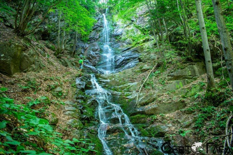 Водопад Скаловитец