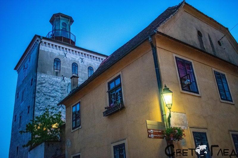 Кулата Лотършчак, Загреб
