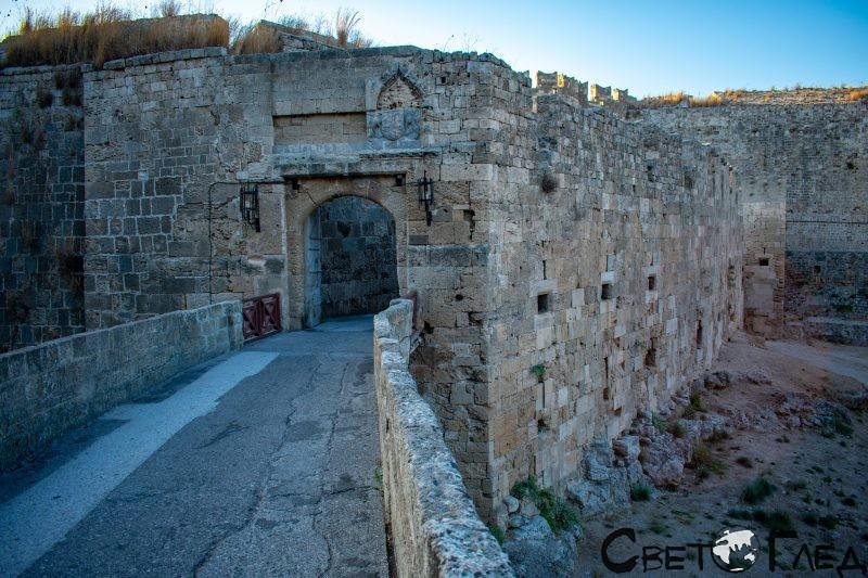 Порта Св Атанасиос, Родос
