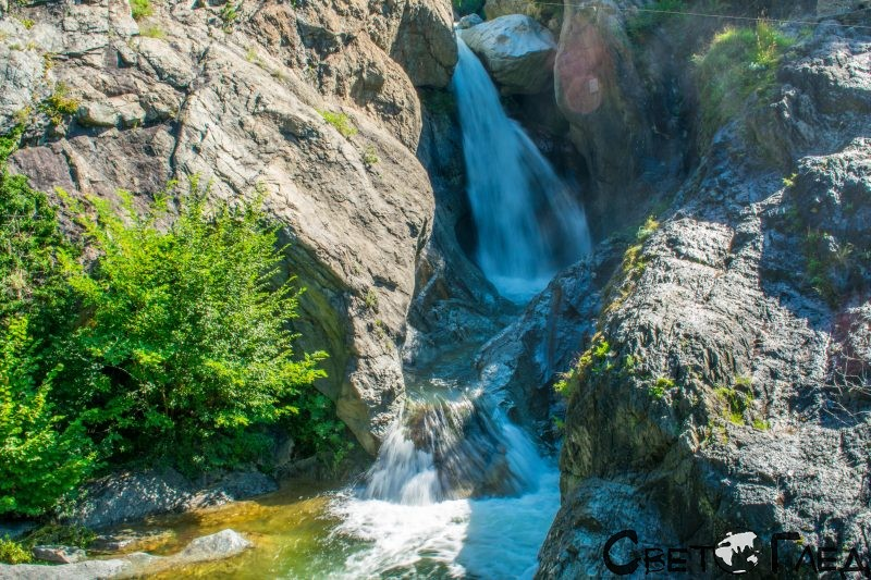 Водопад Сучурум, Карлово