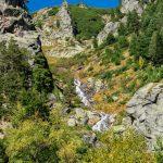 Водопад по пътя към Сухото езеро